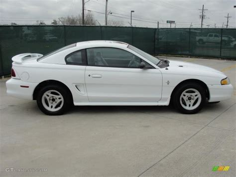 1996 mustang coupe white 1996 ford mustang v6 coupe exterior photo