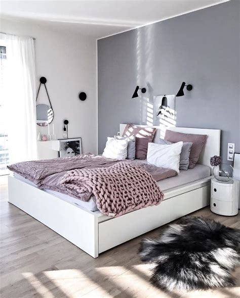 light gray bedroom best 25 light grey bedrooms ideas on light