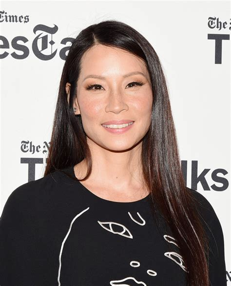 lucy liu straight hair the glossiest a list styles instyle uk lucy liu long straight cut hair lookbook stylebistro