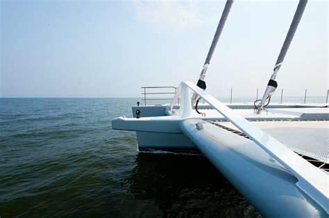 catamaran cross beam design creeyacht yacht design and hitech composites