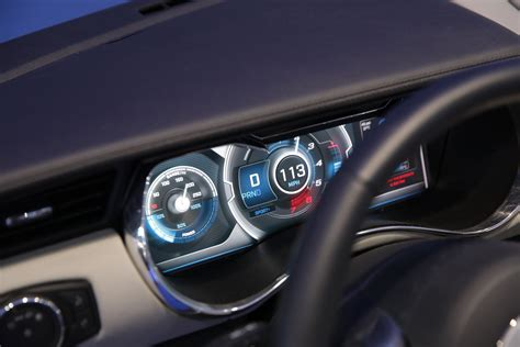Auto Bildschirm by Delphi S Multi Layer Display Gives Your Car Dashboard Some