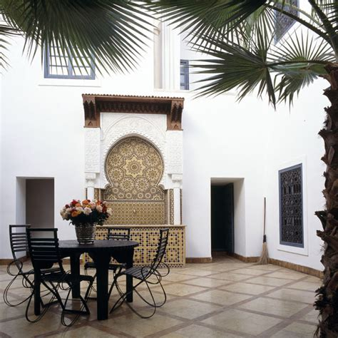 Zellij Moroccan Interiors by The Work Of Moroccan Zellij Find Buy And Renovate A