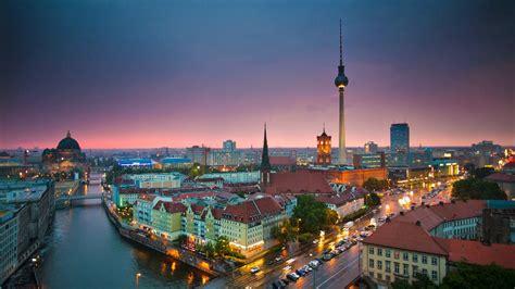 City Light Capital Berlin Wallpaper 1366x768 77595