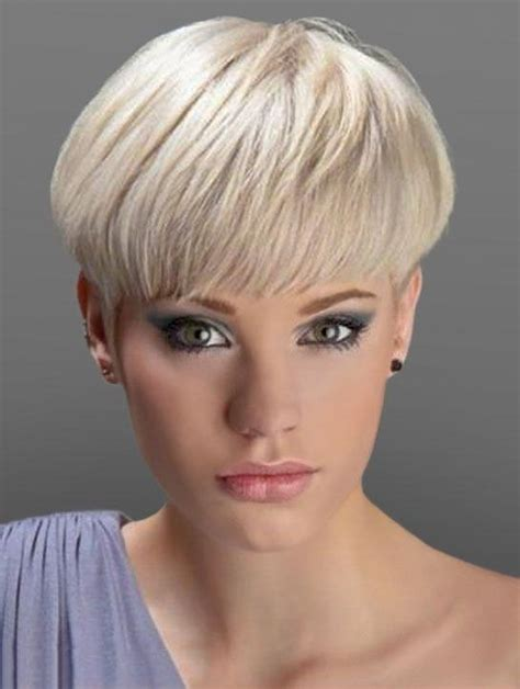 cutting thin hair into a wedge 20 best ideas of short haircuts bobs crops