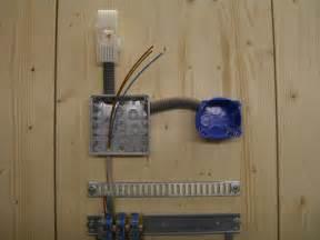 le mit bewegungsmelder anklemmen ausschaltung anschliessen und verdrahten elektricks
