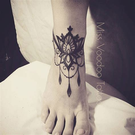 tattoo miss voodoo les tatouages dentelles de miss voodoo inkage