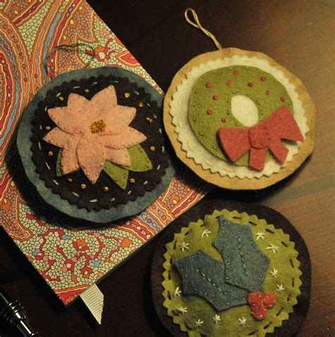 kitschy christmas ornaments felt embroidery bake