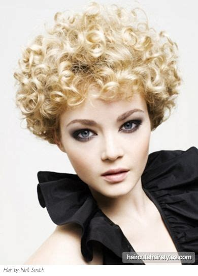 short curly perm styles picture dirty blonde very pink rods perm style hair rollers pinterest short