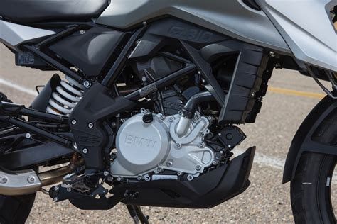 bmw   gs review  fast facts