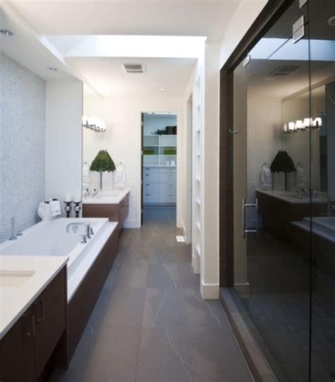 Decorating Ideas For Narrow Bathrooms Narrow Interior Decorating Bathroom Ideas