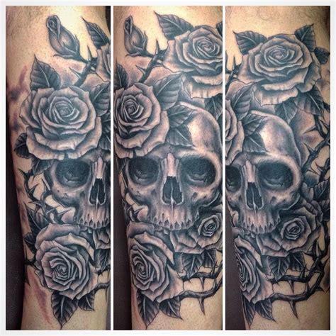 Nikz Tattoo Bali | skull roses done by nikz tattoo here at familia tattoo