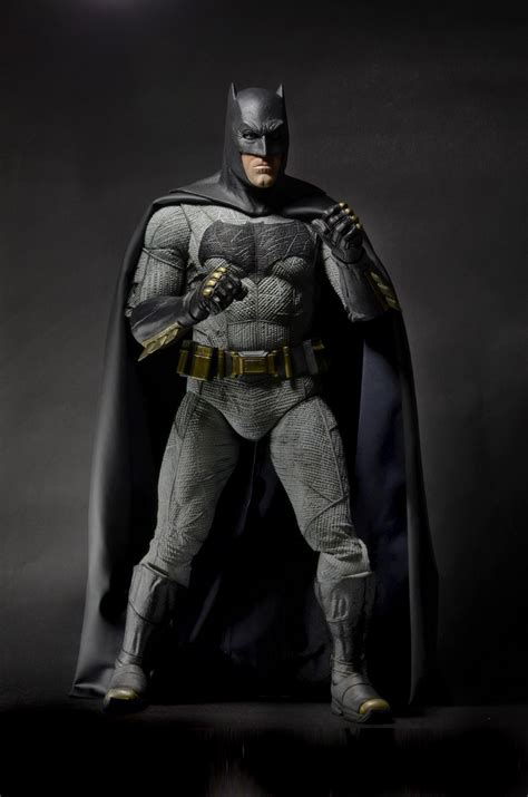 figure vs figurine top 10 des figurines et statues batman v superman