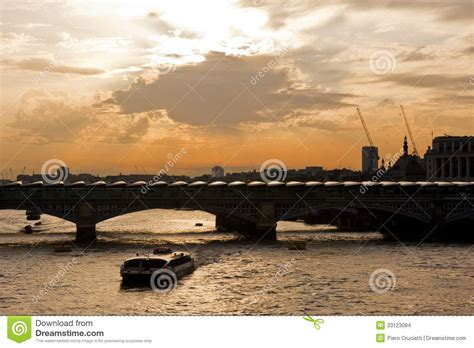 thames river boats blackfriars solar panels on blackfriars bridge in london stock images