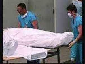 whitney houston dead in bathtub cop looked at whitney houston s naked dead body lawsuit claims worldnews com