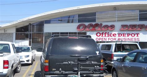 Office Depot Denver Co by Denver Direct Moving Sale At Office Depot On Colfax At Pearl