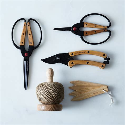 essential garden tools gift set on food52