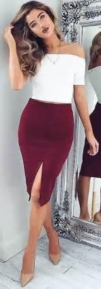 best skirt 25 best ideas about burgundy skirt on leather
