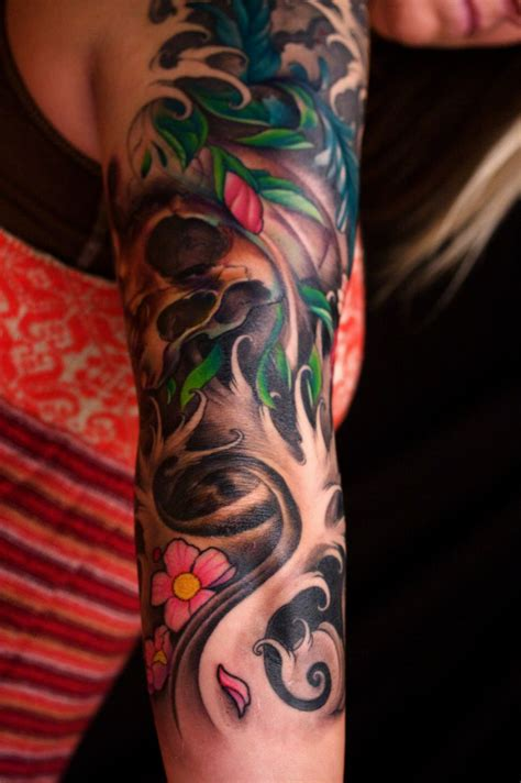 female half sleeve tattoos designs amazing sleeve arm design tattoomagz