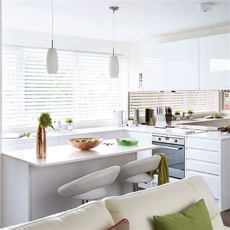 Modern White Gloss Kitchen Cabinets Modern White Gloss Kitchen Decorating Housetohome Co Uk