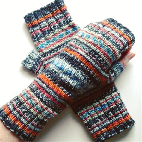 pattern for sock yarn mittens fingerless mittens pattern and yarn review ashweather