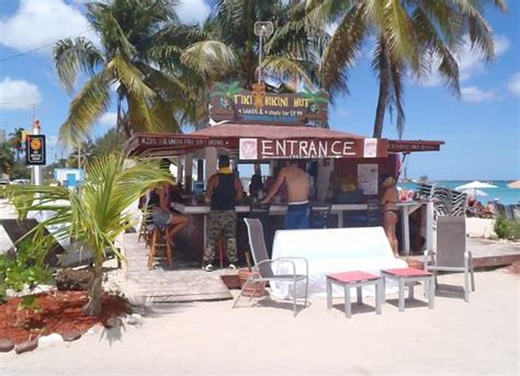 Tiki Hut Bahamas Junkanoo Nassau New Providence Island Great