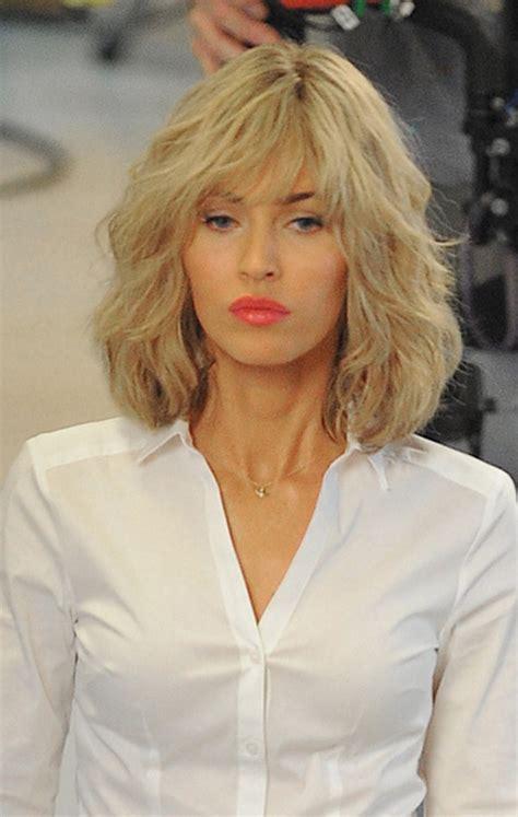 is megan kellys hair really blonde megan fox blonde for tmnt 2 hair makeover while