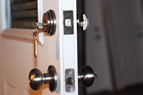 Safety Door Lock by Are Electronic Door Locks Safe Best Locks For Home