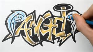 how to draw in graffiti writing sketch