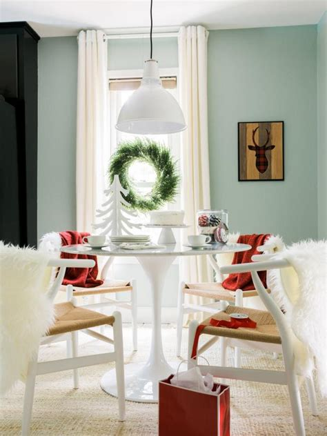 Nook Vs Dining Room Add Style To A Breakfast Nook Hgtv
