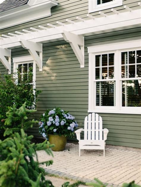green exterior paint colors the 25 best ideas about sage green house on pinterest green siding house colors exterior