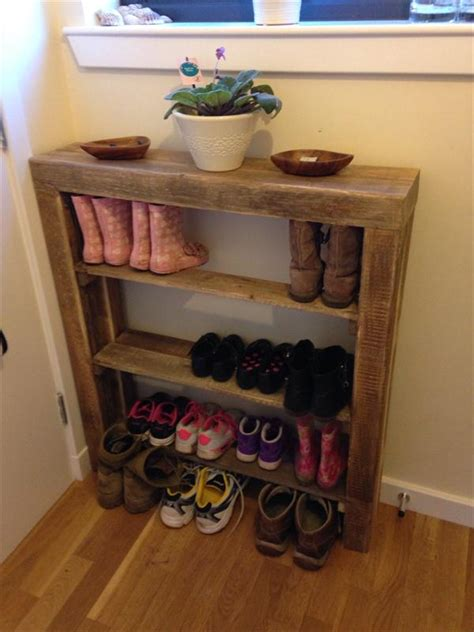 shoes rack diy diy reclaimed pallet wood shoe rack pallet furniture diy