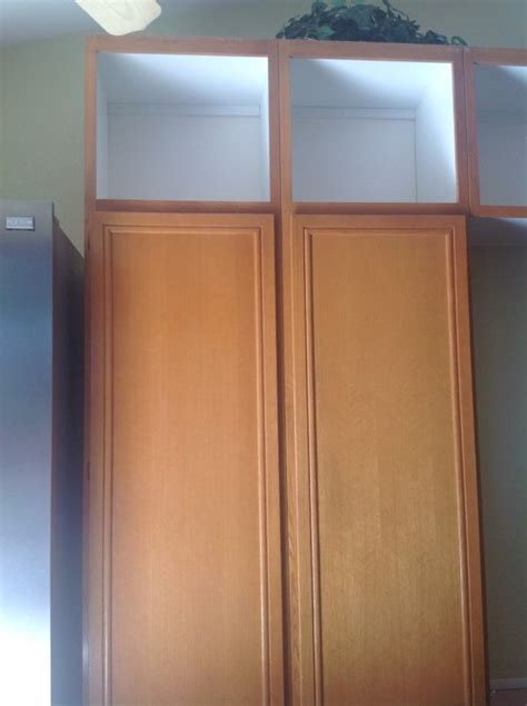 maple kitchen cabinet doors replacing oak kitchen cabinet doors with maple