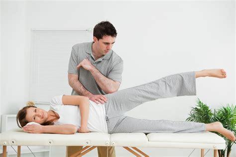 livingroom yoga effektive 220 bungen f 252 r zuhause chair for elderly 7 chair exercises for elderly adults