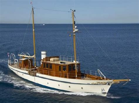 boat shipping brokers 1000 images about gentlemans yacht on pinterest super