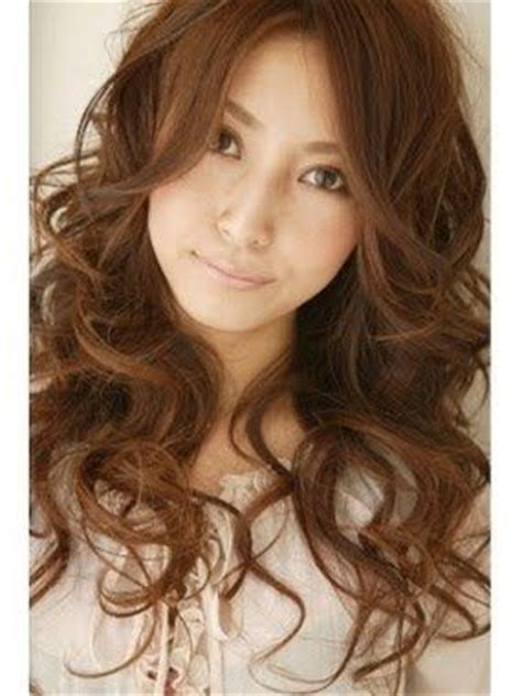 how to style digital perm 80 best images about hair on pinterest long layered hair
