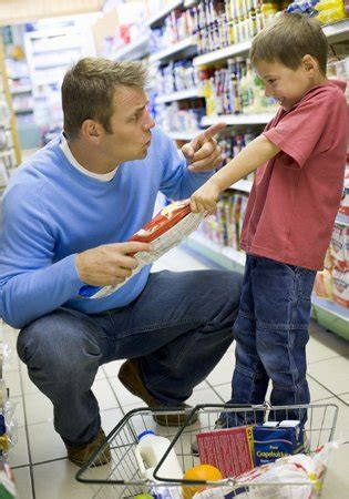 imagenes niños haciendo berrinches 10 trucos para hacer que tus hijos te obedezcan sin