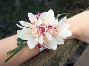 corsage wristlets events orchid flowers