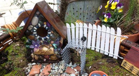fairy garden fence flea market gardening