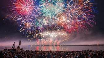 japan dazzles crowds with honda celebration of light