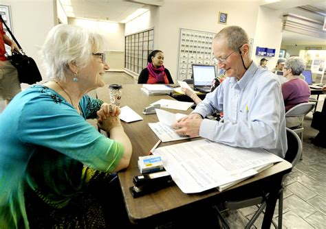 Irs Portland Office by Aarp S Tax Aide One For The Ages The Portland Press
