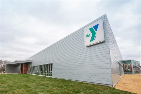 Free Bed Grand Rapids by Grand Rapids Ymca Is Building To Adopt Universal