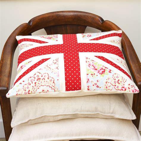 sewing pattern union jack make union jack cushion pads free sewing pattern