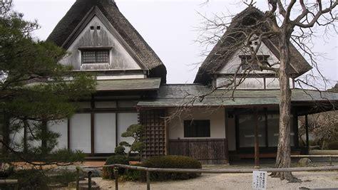10 maisons traditionnelles du monde entier la maison traditionnelle japonaise