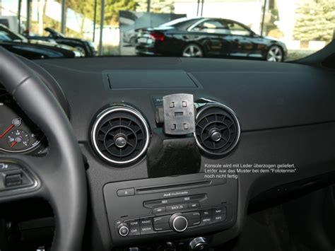 Audi Iphone Halterung by Audi A1 Baujahr Ab 05 2010 Kfz Navi Konsole Mit Halterung
