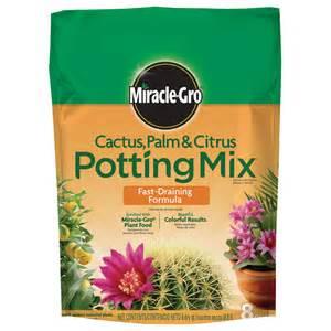 home depot potting soil shop miracle gro 8 quart cactus soil at lowes