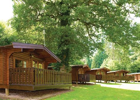 Log Cabins In Forest Of Dean Tub by Whitemead Forest Park In Forest Of Dean Hoseasons