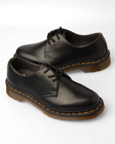 dr martens 8 eye boot 3 eye gibson shoe vegan kicks