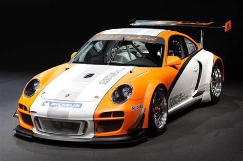 porsche hybrid 911 geneva 2010 porsche 911 gt3 r hybrid photo gallery autoblog