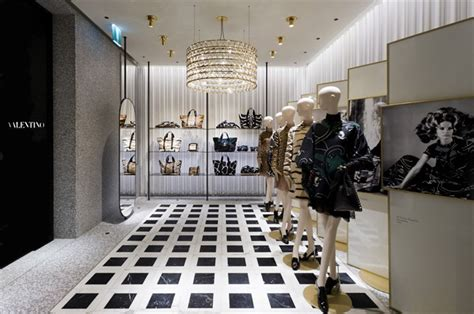 home design stores milan valentino s store opening in milan vogue it