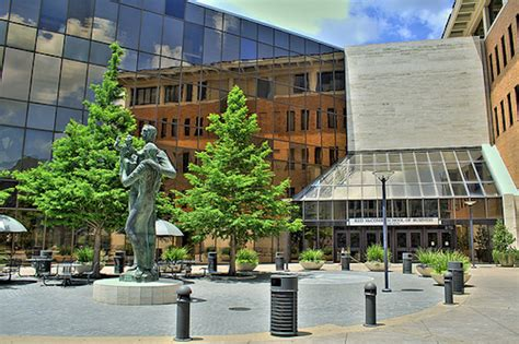 School Of Commerce Mba by Of At S Mccombs School Of Business